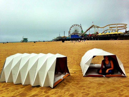 cardborigami beach